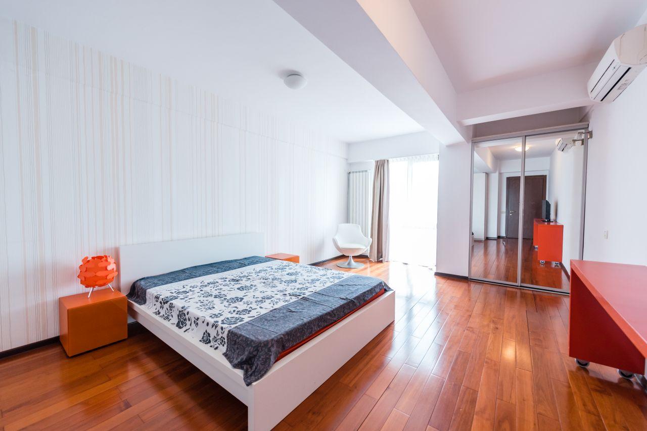 apartament duplex Mamaia s005