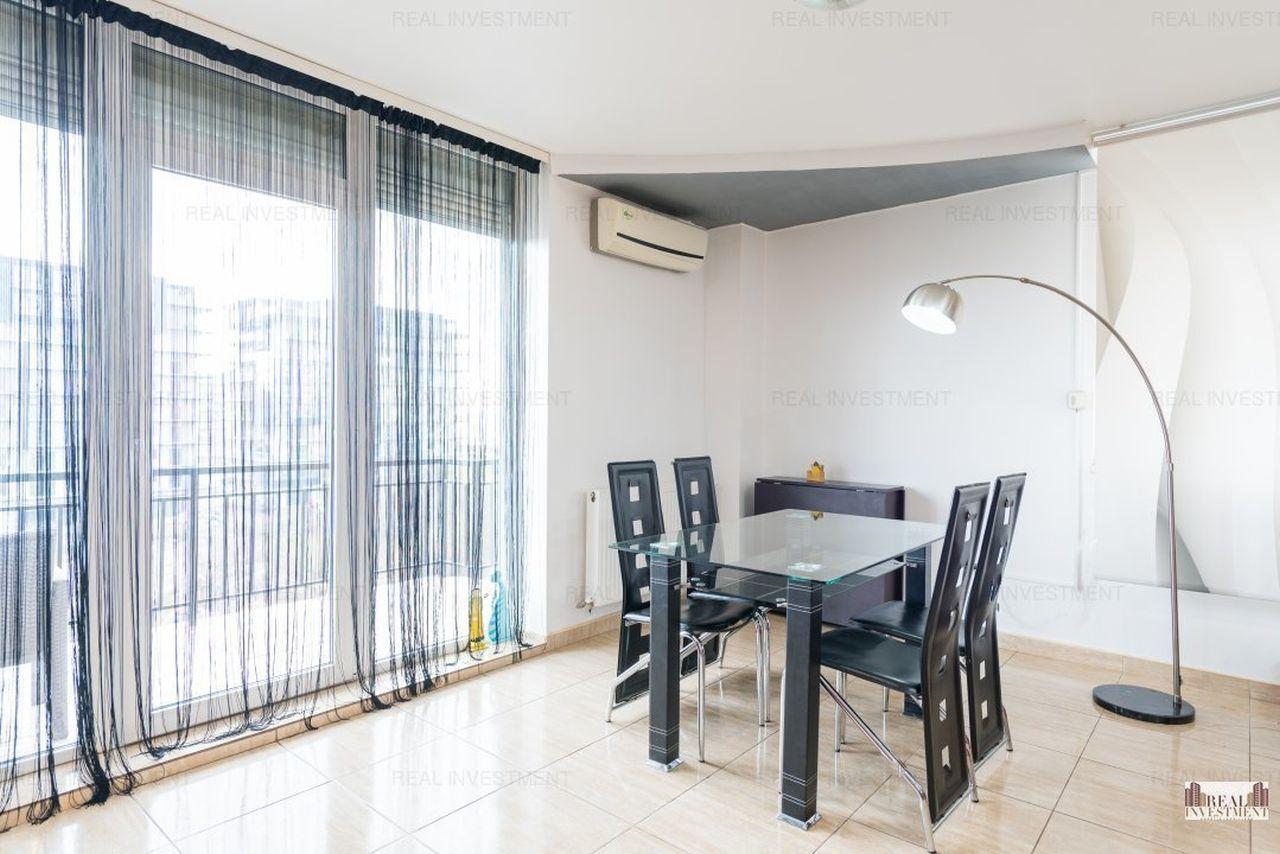 Apartament imens cu priveliște la mare lângă Phoenicia Resort