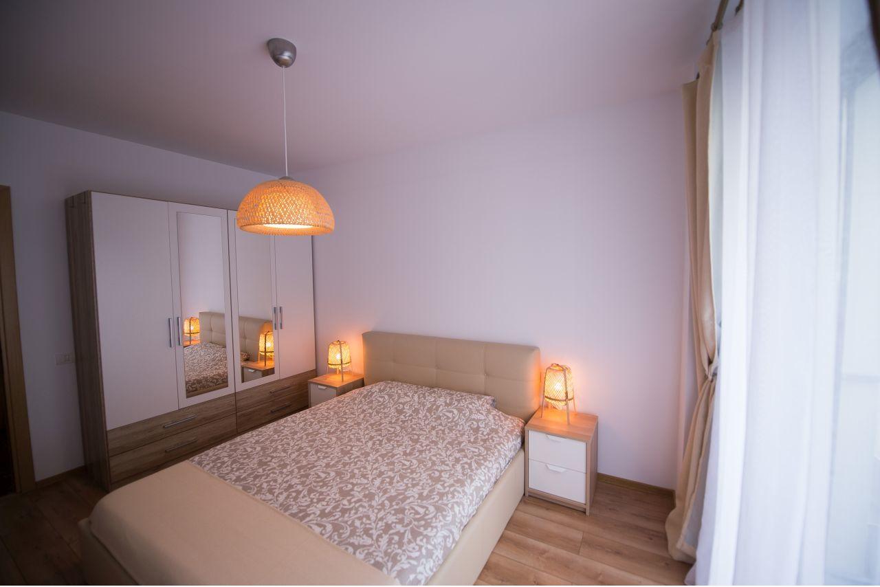 Apartament cu 2 camere mobilat și utilat la doar 100 m de plajă