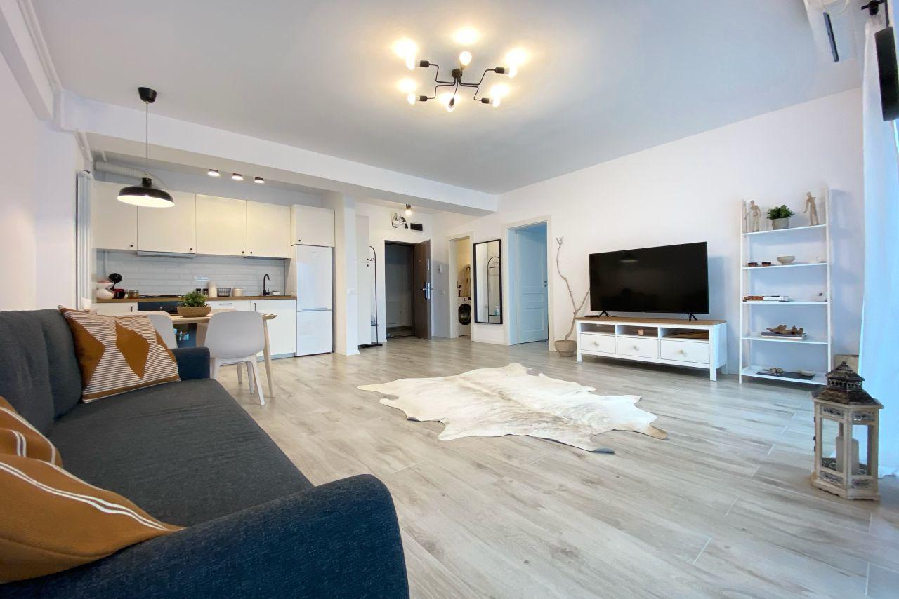 Apartament cu 2 camere, în a doua poziție la mare și loc de parcare în proprietate