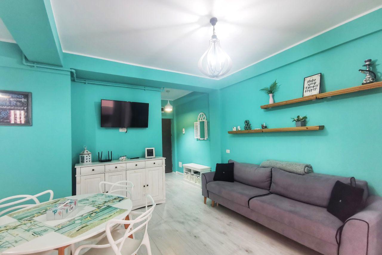 Apartament cu 2 camere la doar 50 de metri de plajă