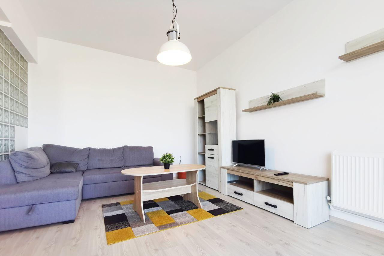 Apartament spațios cu priveliște frumoasă și parcare privată