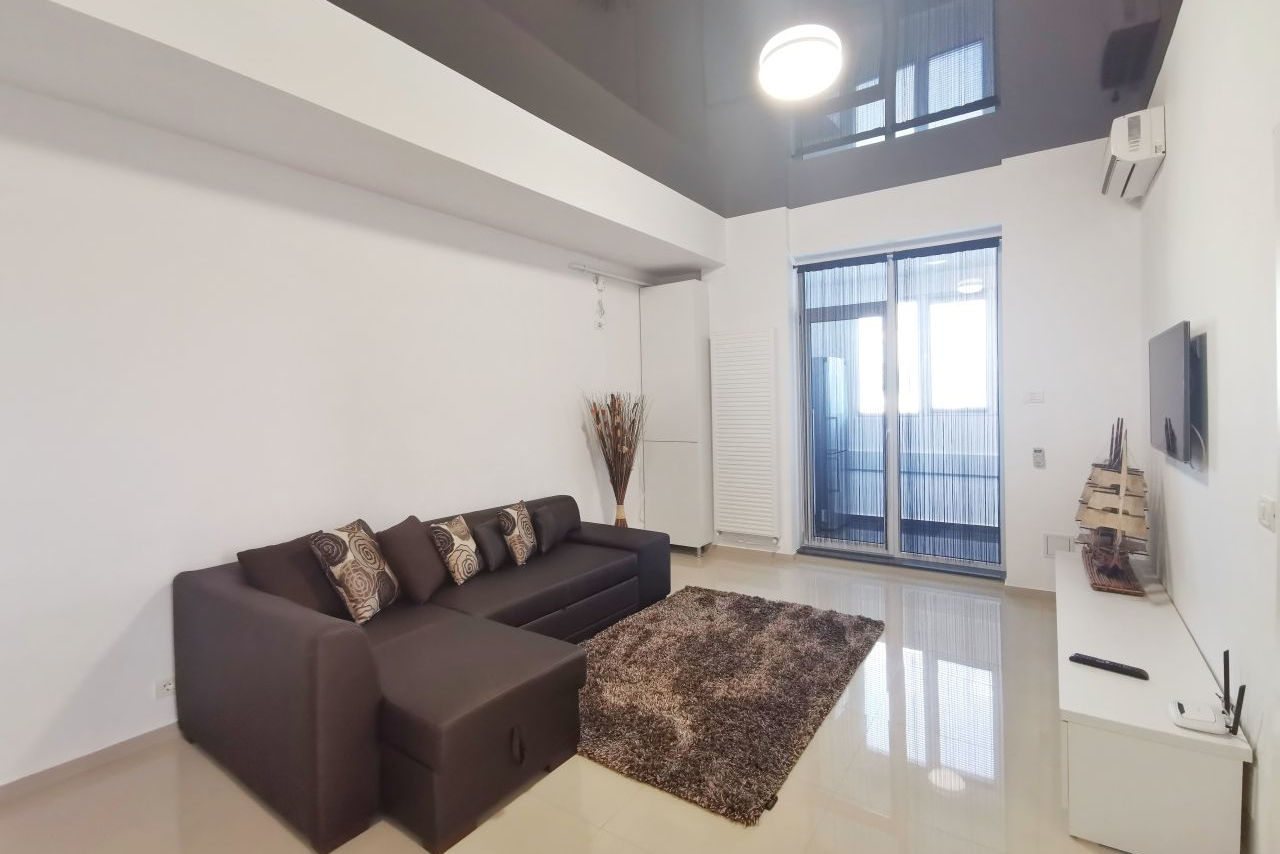 Apartament cu 2 camere și parcare privată