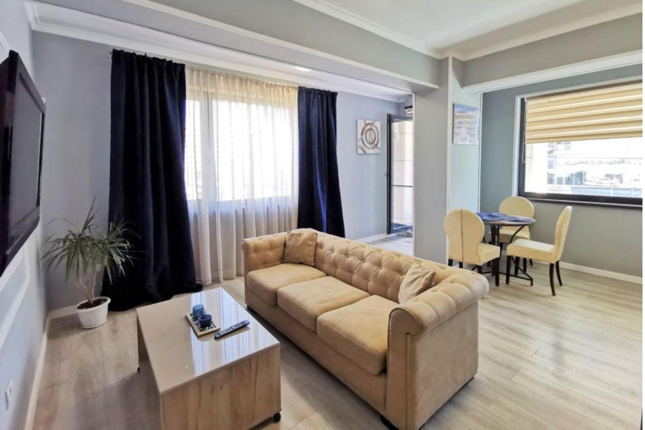 Apartament cu 2 camere în Building Stefan Lake