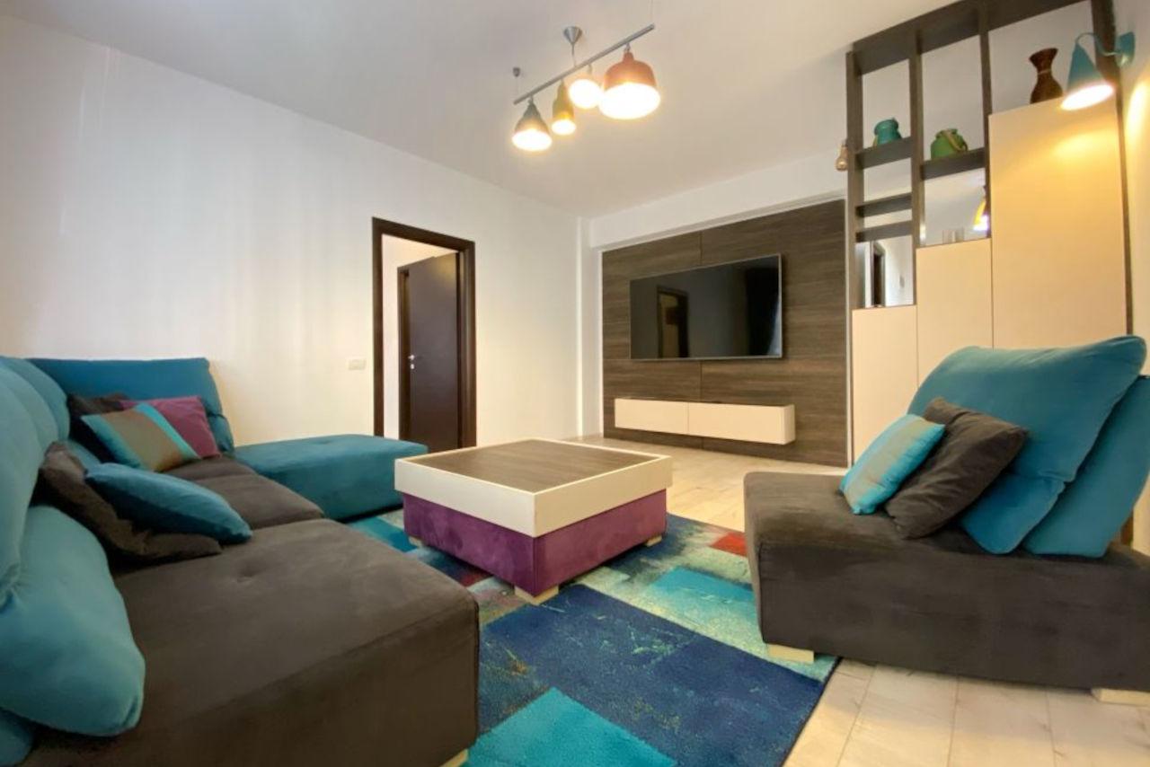 Apartament cu 3 camere mobilat și utilat premium